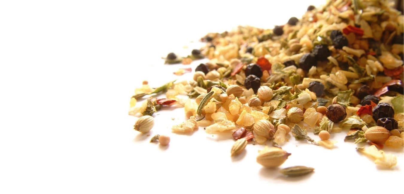 NATURAL HERBS & SPICES WITH POWERFUL HEALTH BENEFITS (1)